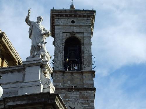 """Il campanile della basilica di Alzano Lombardo, 10 campane in sib 2 della ditta """"Cavadini"""" di Verona - anno 1950"""
