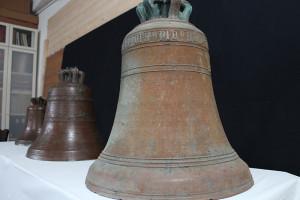 Le tre campane in restauro nel laboratorio Ziliani&Piccinocchi